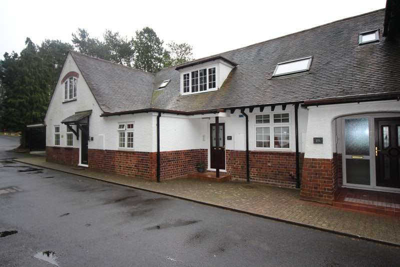2 Bedrooms Apartment Flat for sale in Farley Lane, Halesowen, West Midlands, B62