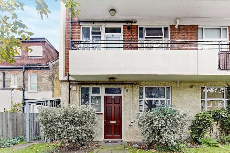Flat for sale in Holdernesse Road, London, SW17