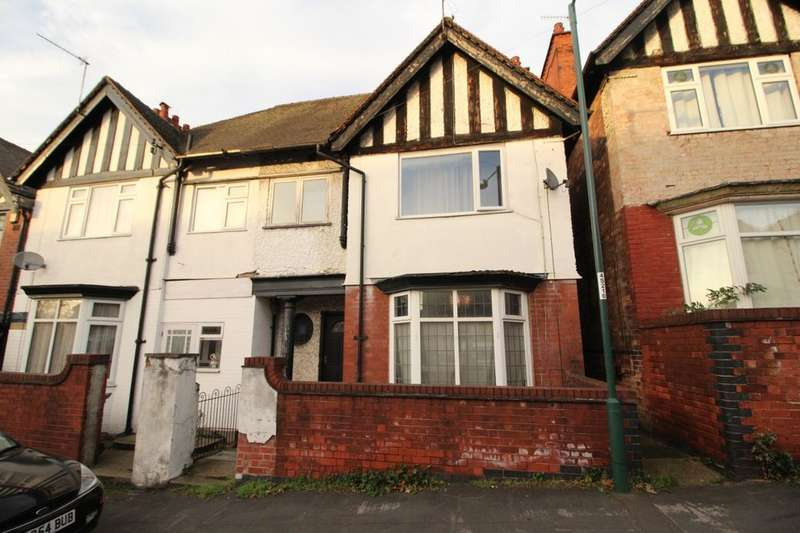 4 Bedrooms Semi Detached House for sale in St. Bartholomews Road, Nottingham, NG3