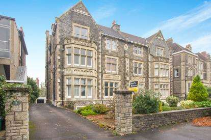 3 Bedrooms Flat for sale in Downleaze, Sneyd Park, Bristol