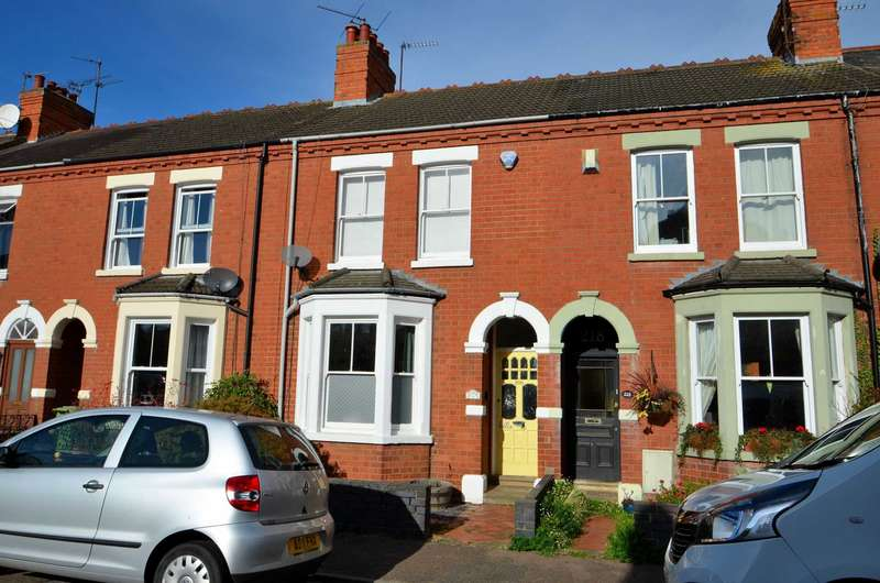 3 Bedrooms Terraced House for sale in Church Street, Wolverton