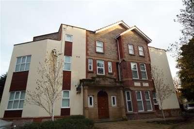 3 Bedrooms Flat for rent in Sandwarren, Victoria Road, Formby, L37 7AQ