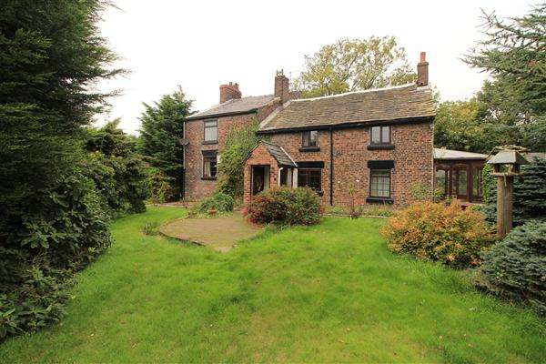 5 Bedrooms Detached House for sale in Bells Farm House, Prescot Road, Melling