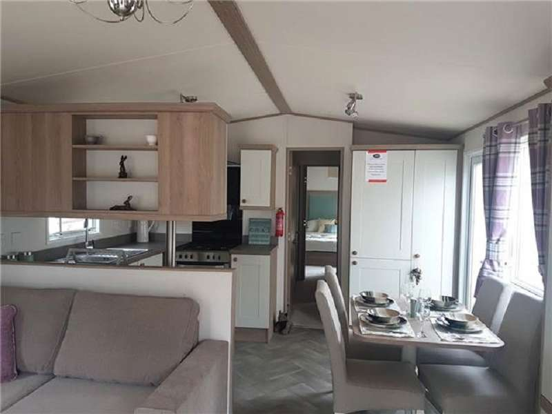 2 Bedrooms Mobile Home for sale in Lower Hyde Holiday Park, Shanklin, Isle Of Wight, PO37 7LL