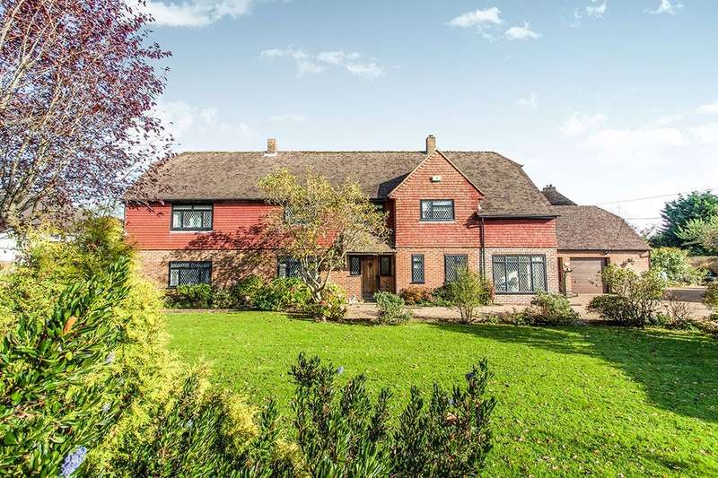 5 Bedrooms Detached House for sale in Bardown Road, Stonegate, Wadhurst, TN5