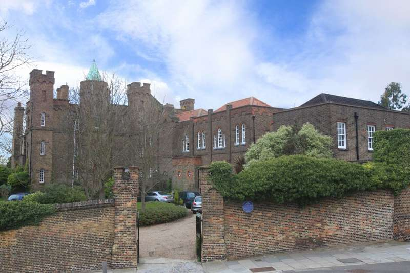 5 Bedrooms House for rent in The castle, Maze Hill, Greenwich, SE10