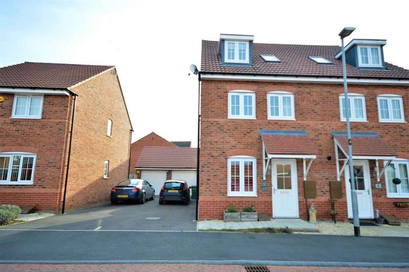 4 Bedrooms Semi Detached House for sale in Keel Close, Wigston, LE18 4NY