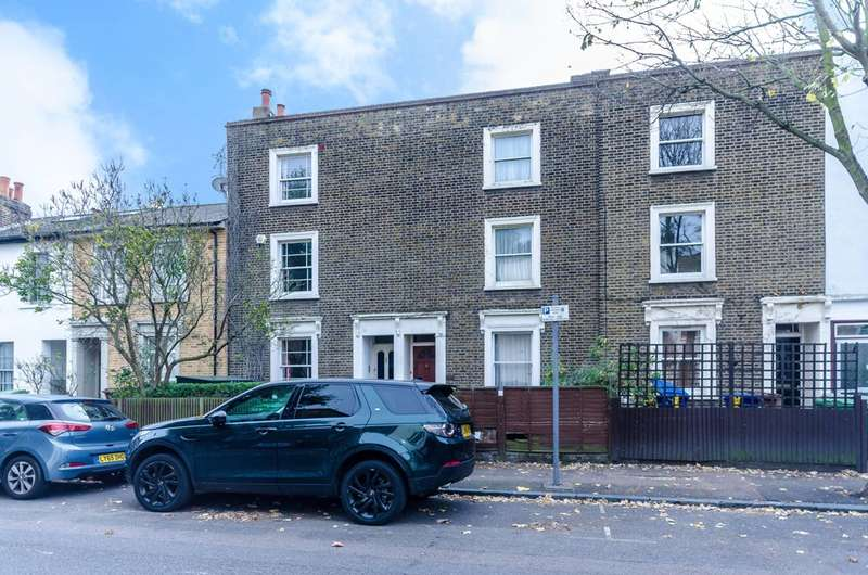 3 Bedrooms House for sale in Choumert Road, Peckham Rye, SE15