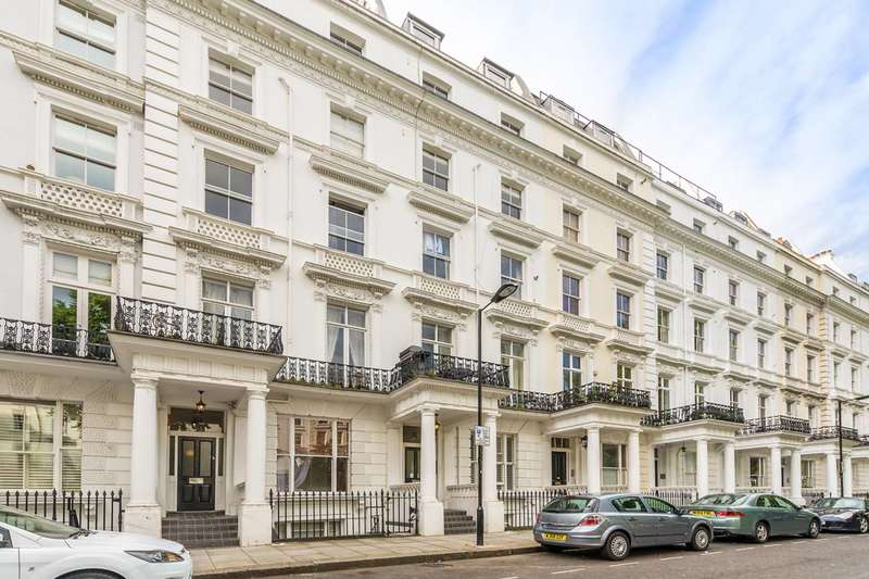 2 Bedrooms Flat for sale in St Stephens Gardens, Westbourne Grove, W2