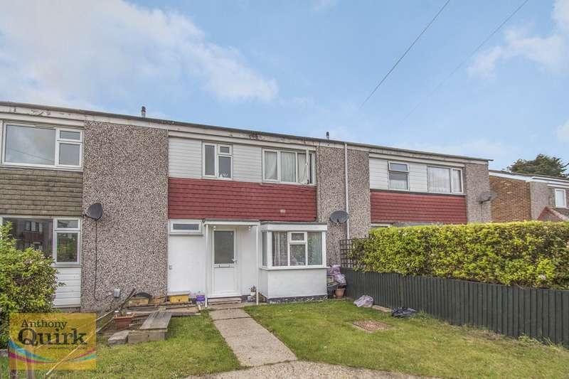 3 Bedrooms Terraced House for sale in First Avenue, Canvey Island, SS8