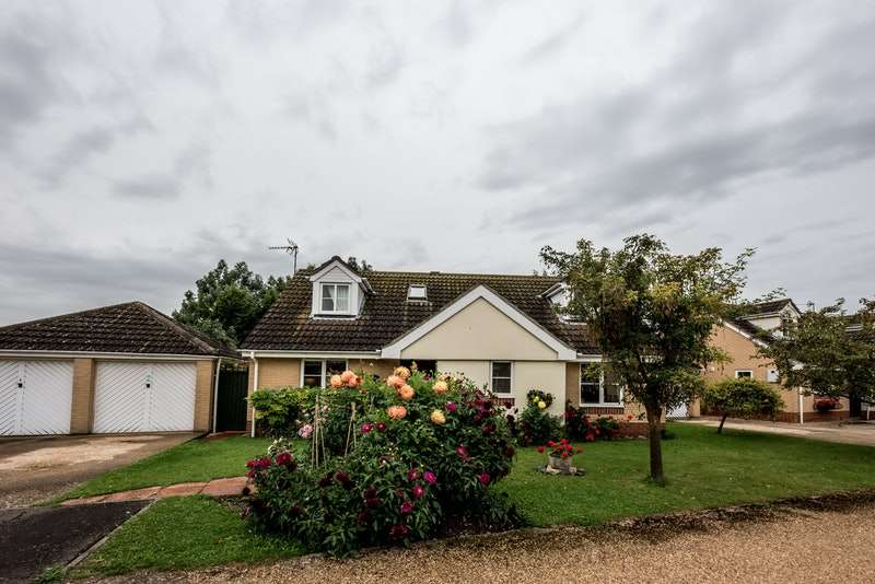 4 Bedrooms Detached House for sale in Orchard End, Cambridge, Cambridgeshire, CB24