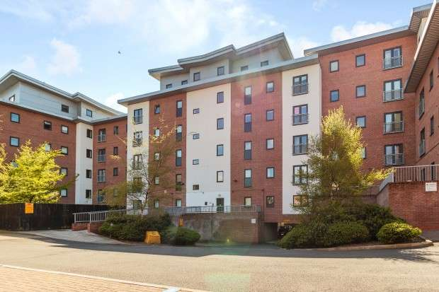 2 Bedrooms Apartment Flat for sale in Light Buildings, Lumen Court, Preston, PR1