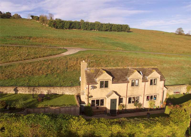 2 Bedrooms Detached House for sale in The Green, Selsley, Stroud, Gloucestershire, GL5