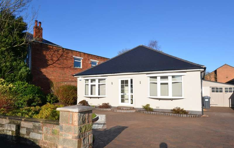 3 Bedrooms Detached Bungalow for sale in Taylor Road, Kings Heath, Birmingham, B13