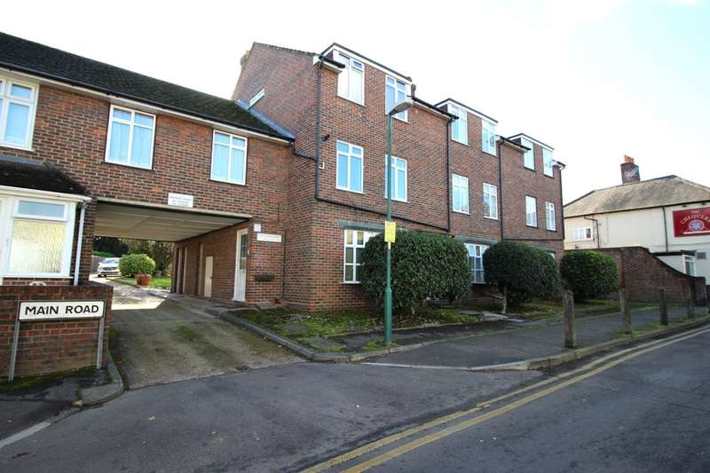 2 Bedrooms Flat for sale in Kingsnorth Court Main Road, Crockenhill, Swanley, BR8