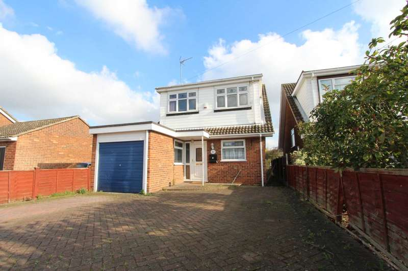 4 Bedrooms Detached House for sale in Ivy Road, Benfleet
