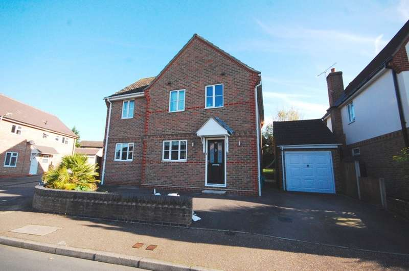4 Bedrooms Detached House for sale in Peel Road, Springfield, Chelmsford, CM2