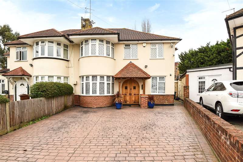 5 Bedrooms Semi Detached House for sale in South Close, Village Way, Pinner, Middlesex, HA5