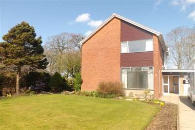 4 Bedrooms House for rent in Kilnford Drive, Dundonald