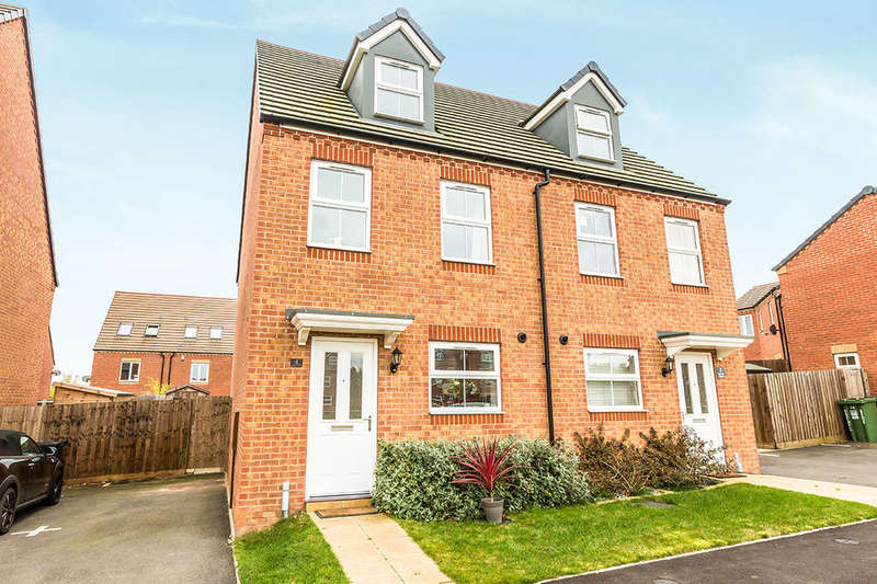 3 Bedrooms Semi Detached House for sale in Kemble Street, Woodrow North, Redditch, B98