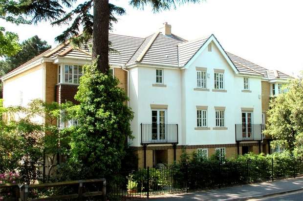 5 Bedrooms Town House for sale in Heathside Road, Woking, Surrey