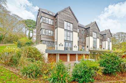 2 Bedrooms End Of Terrace House for sale in Truro, Cornwall, Uk