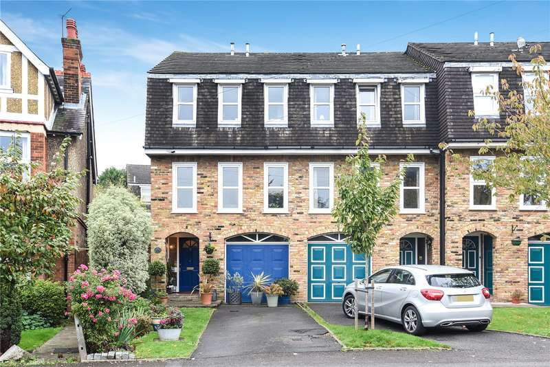 3 Bedrooms Semi Detached House for sale in Chester Road, Northwood, Middlesex, HA6