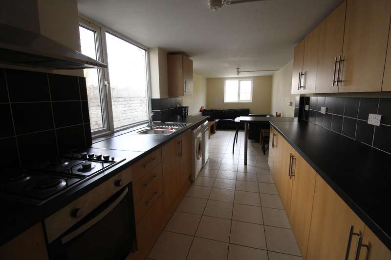 7 Bedrooms House for rent in Arabella Street , Roath , Cardiff