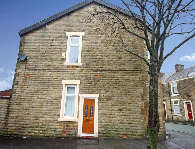 3 Bedrooms Property for sale in Olive Lane, Darwen, BB3