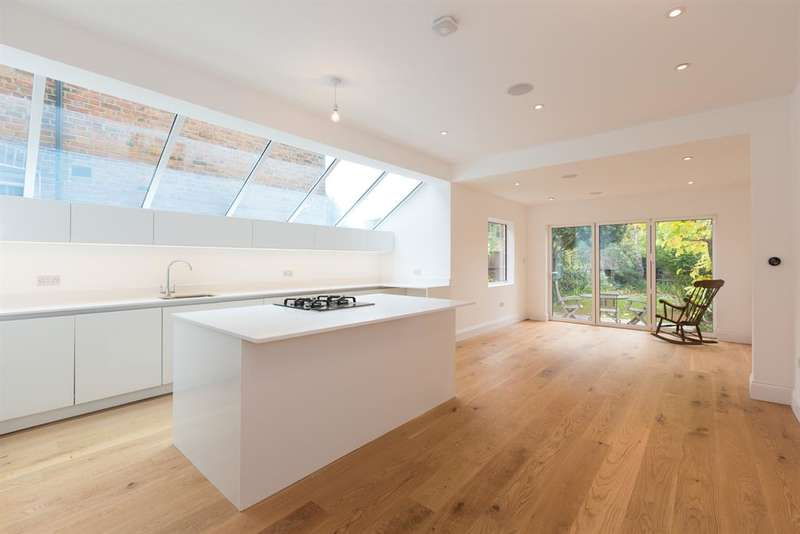 4 Bedrooms House for sale in Ivy Road, London, NW2