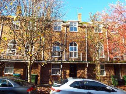 5 Bedrooms Terraced House for sale in Latimer Street, Southampton, Hampshire