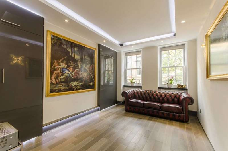 1 Bedroom Flat for sale in Betterton Street, Covent Garden, WC2H