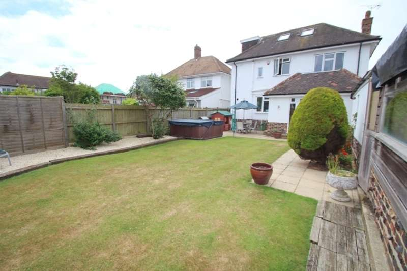 4 Bedrooms Detached House for sale in HENGISTBURY HEAD