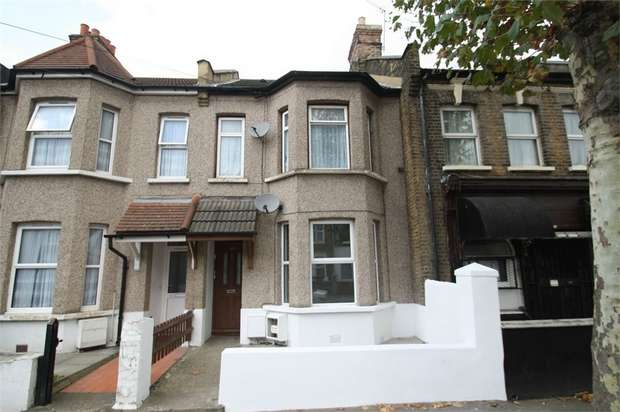 2 Bedrooms Flat for sale in Charlemont Road, Eastham, London