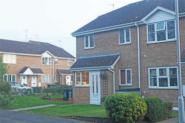 1 Bedroom Terraced House for sale in Oakley Gardens, Upton, Poole, Dorset