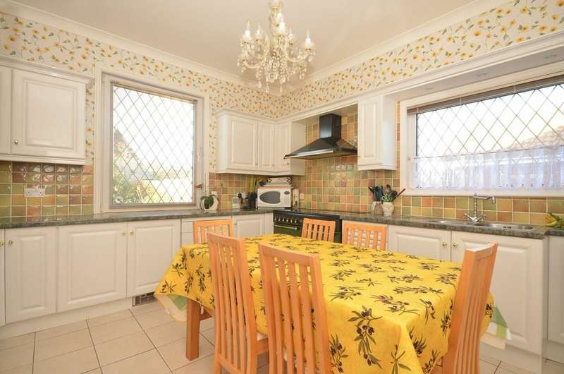6 Bedrooms Detached House for sale in Sandown, Isle of Wight