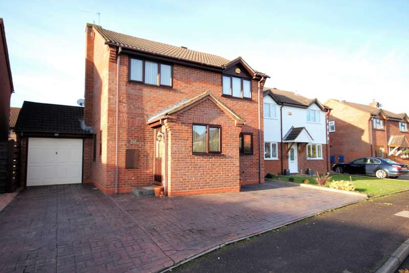 4 Bedrooms Detached House for sale in Primrose Crescent, Worcester, WR5