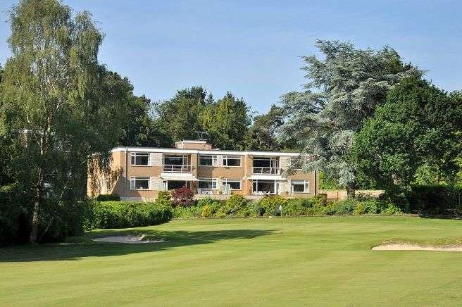 3 Bedrooms Flat for sale in Golf Links Road, Ferndown
