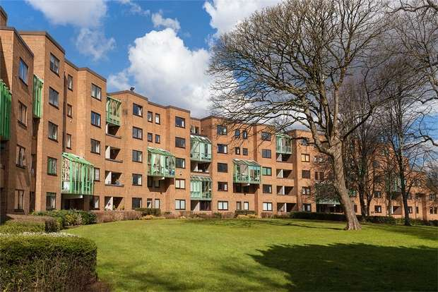 3 Bedrooms Flat for sale in 18 Stembridge House, Llandaff, Cardiff