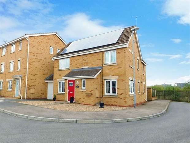 4 Bedrooms Detached House for sale in Kingfisher Way, Scunthorpe, Lincolnshire