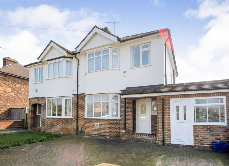 3 Bedrooms Semi Detached House for sale in Cambridge Road, Hitchin