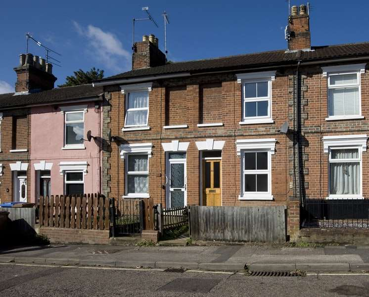 2 Bedrooms Terraced House for sale in Hervey Street, Ipswich, Suffolk, IP4