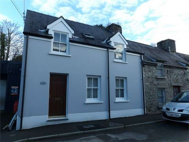 3 Bedrooms End Of Terrace House for sale in Clifton Street, Laugharne, Carmarthen