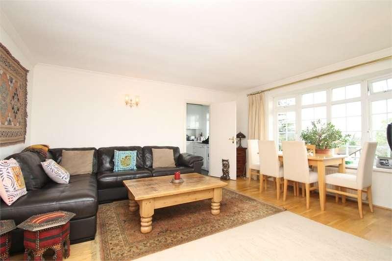 3 Bedrooms Flat for rent in Waverley Road, EN2
