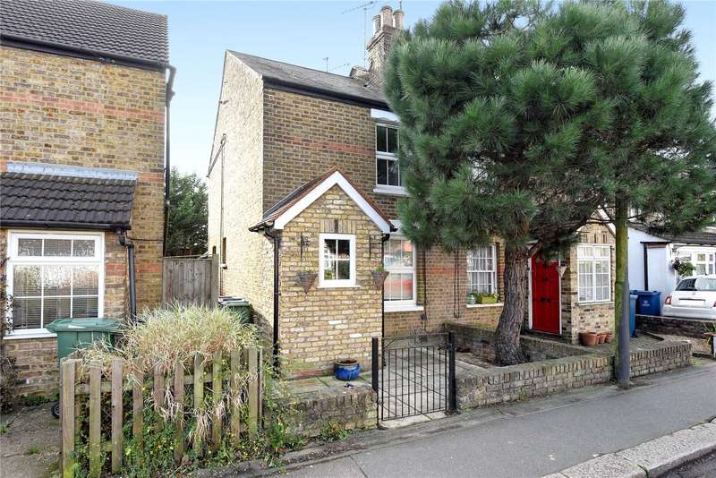 2 Bedrooms Semi Detached House for sale in Camden Row, Cuckoo Hill, Pinner, Middlesex, HA5