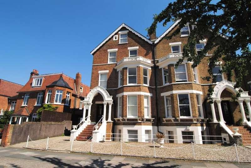 1 Bedroom Flat for sale in Kew Gardens Road, Kew, TW9