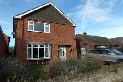 3 Bedrooms Property for rent in Queens Street, Bottesford