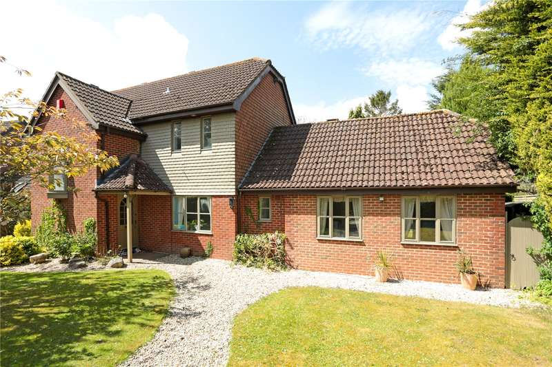 5 Bedrooms Detached House for sale in Ogbourne St. George, Marlborough, Wiltshire, SN8