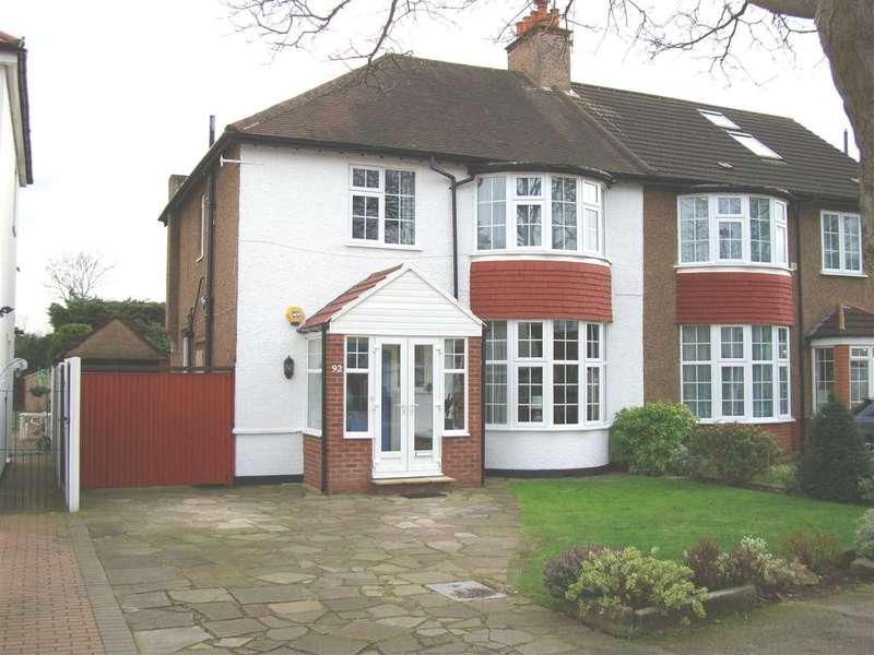 3 Bedrooms Semi Detached House for rent in Bassett Gardens, Osterley