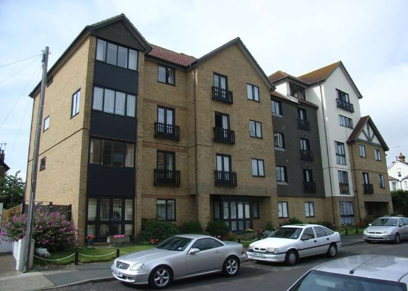 1 Bedroom Flat for sale in Flat 24 Seaview Court, 76 West Cliff Road, Broadstairs